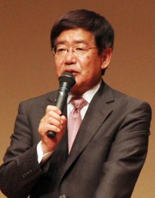 市長選へ決意を語る田中市町=2014年9月29日、草加市