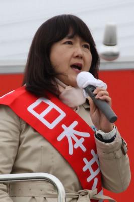 梅村さえこ候補=2014年12月11日、上尾市