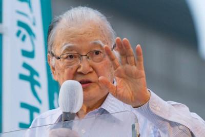 浦和で支持を訴える不破前議長