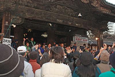 加須市・鬼追い豆撒き式3